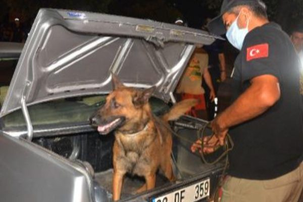 Adana'daki huzur ve güven operasyonu: 2 bin polis görevli