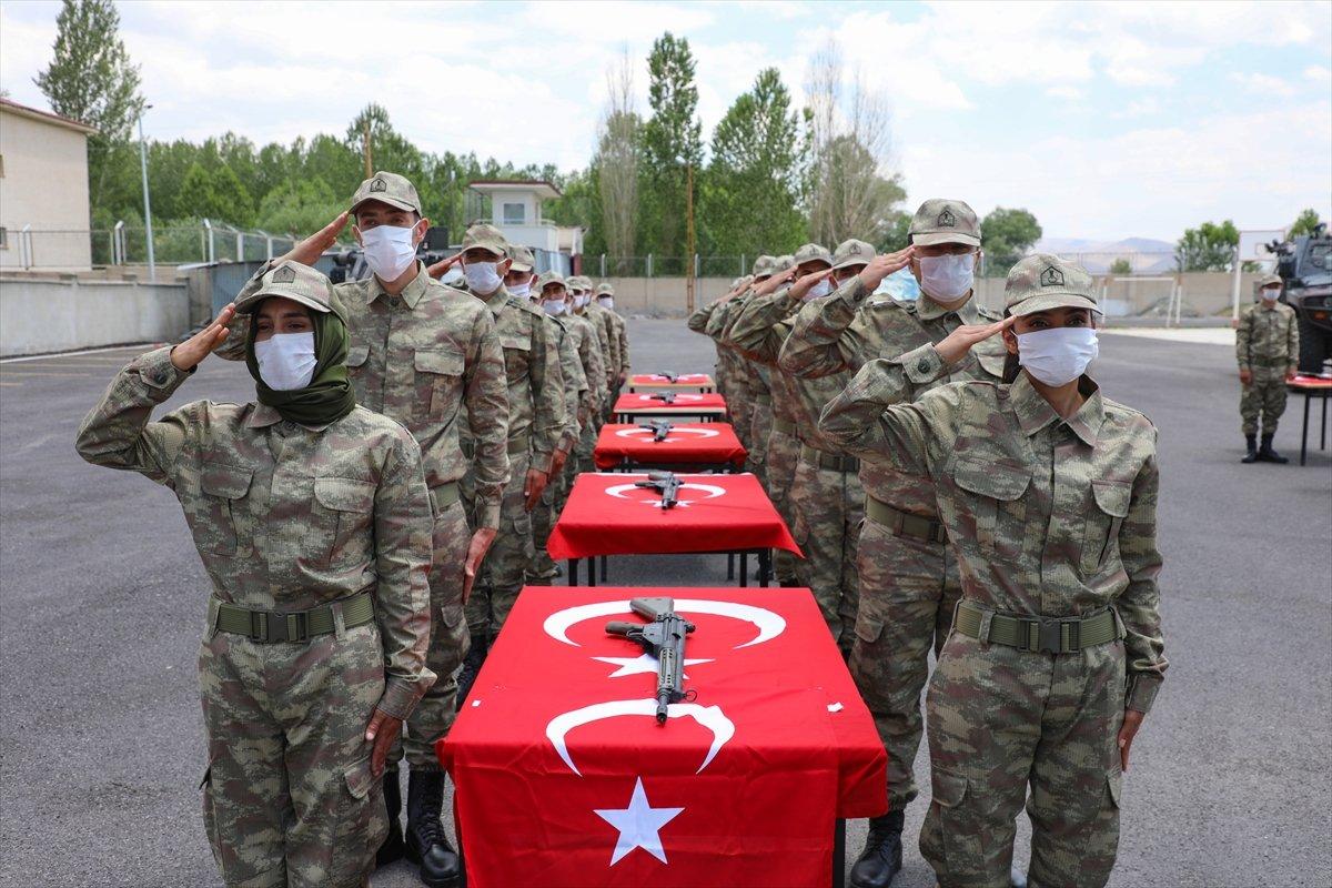 Van'da 38 korucu yeminin ardından göreve başladı #3