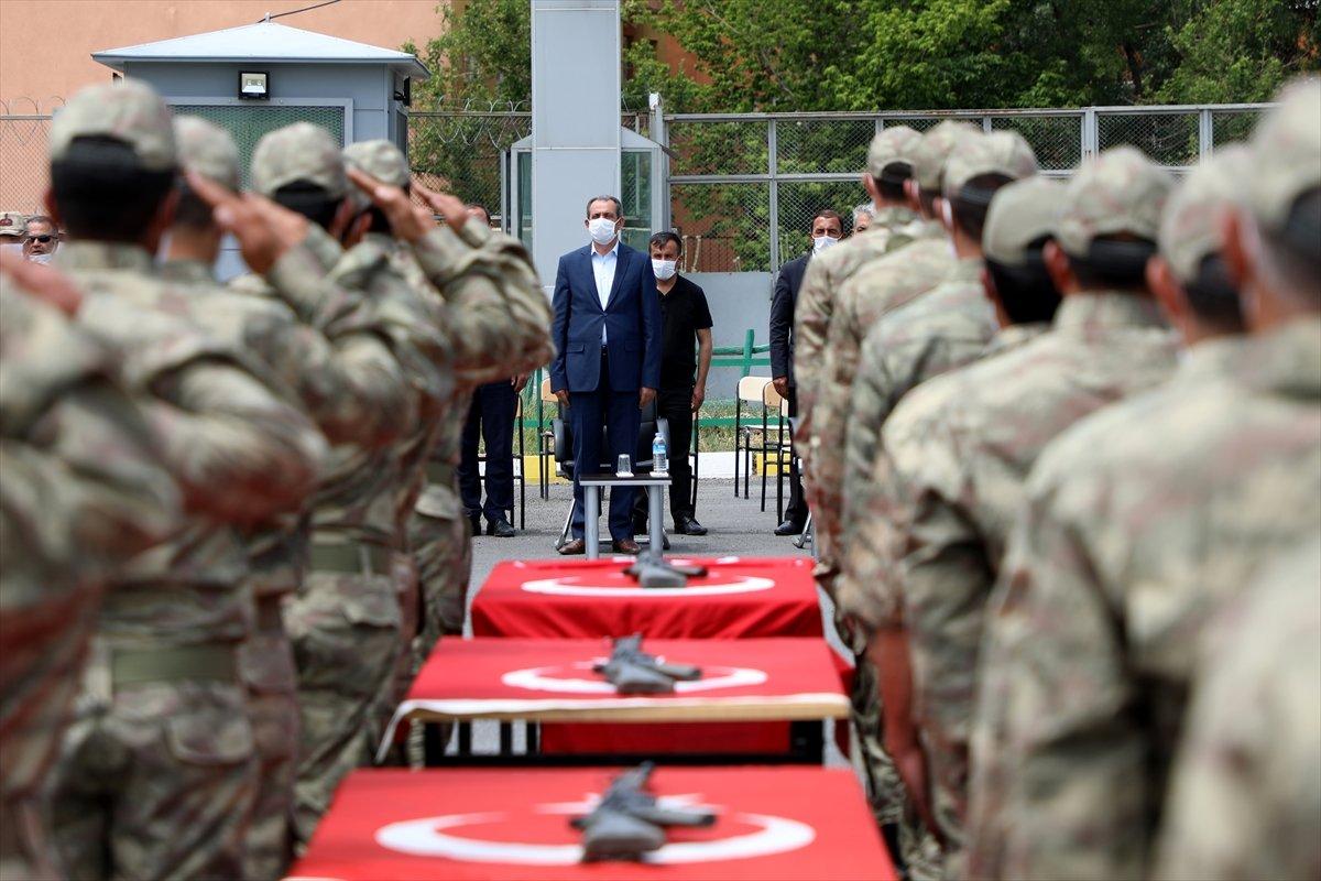 Van'da 38 korucu yeminin ardından göreve başladı #8